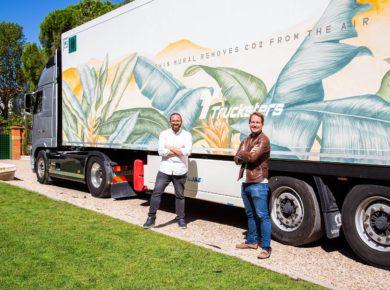 Taruga Creaciones y Trucksters presentan el camión cuya pintura reduce el impacto ambiental
